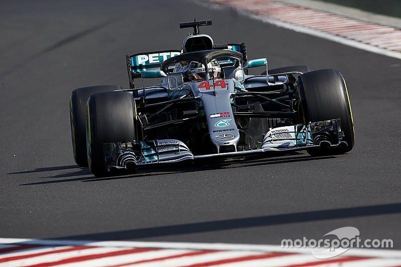Lewis Hamilton invinge in Ungaria