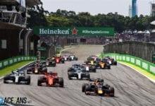Max Verstappen castiga cea mai incendiara cursa a anului, F1 Brazilia